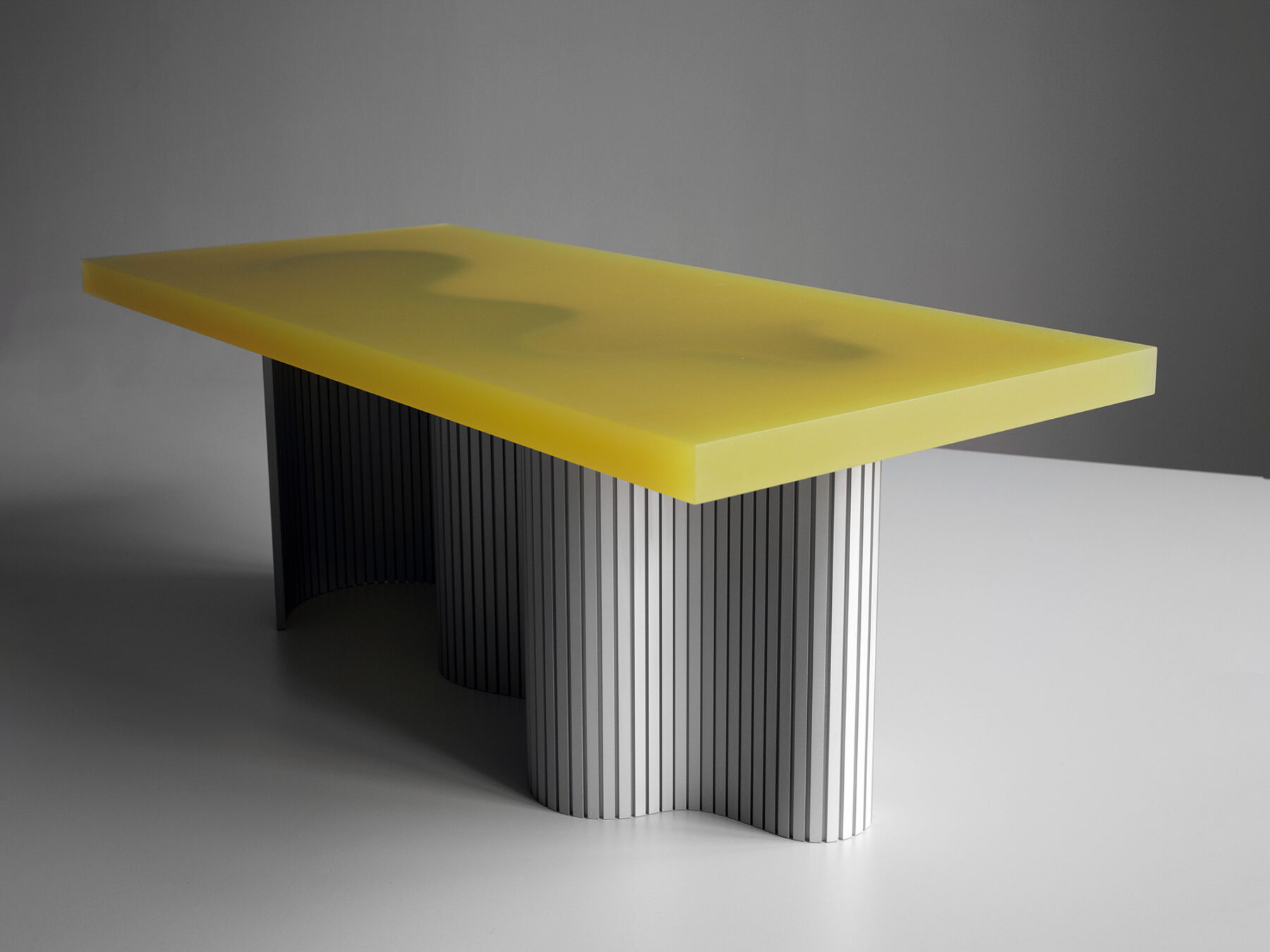 Spine_Table_01_Low